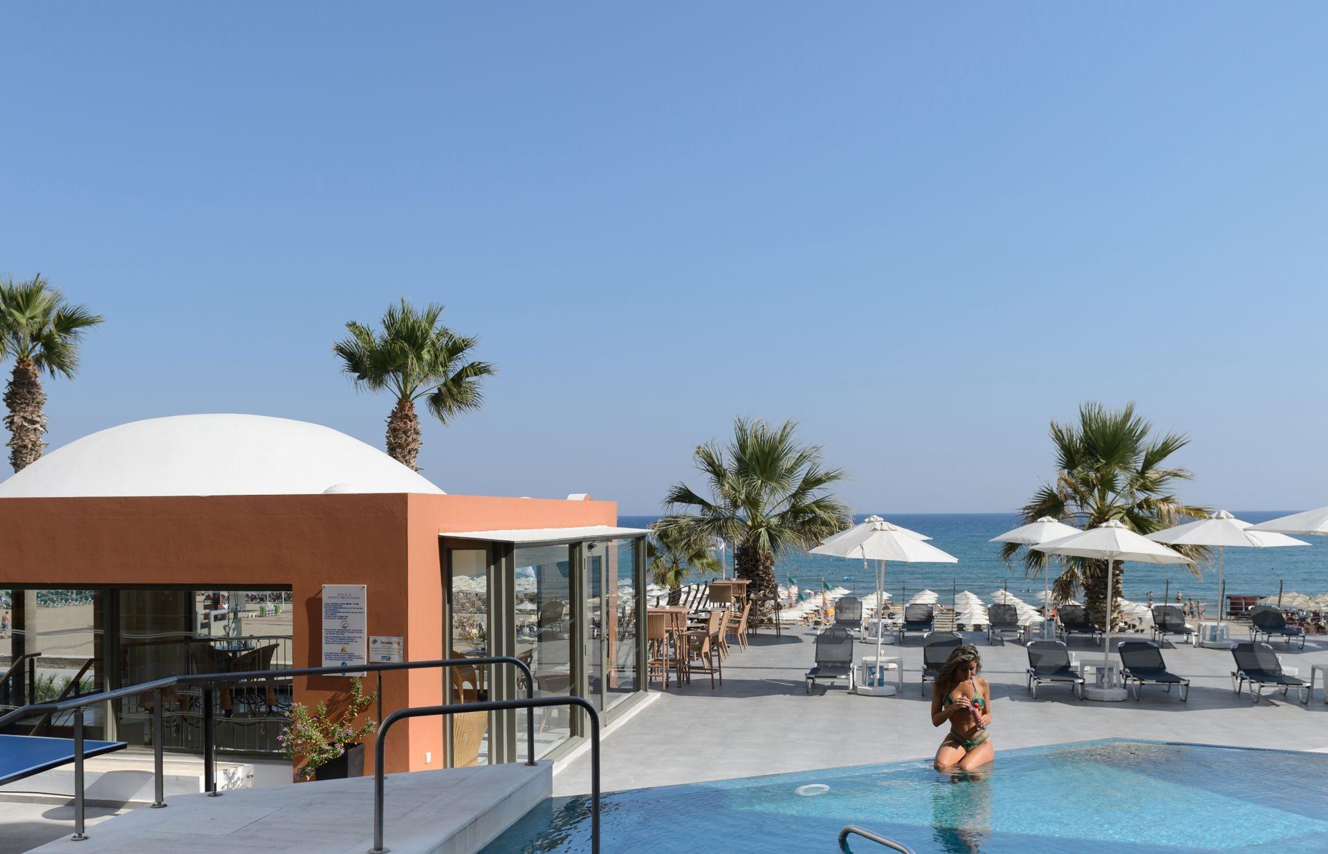 Aquila Porto Rethymno Hotel Deck Pool Hotels In Crete Aquila Hotels Resorts